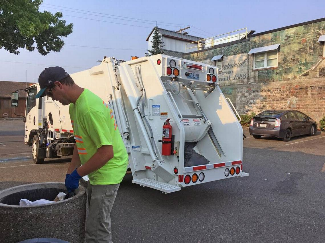 New Sumner City-Owned Garbage Truck