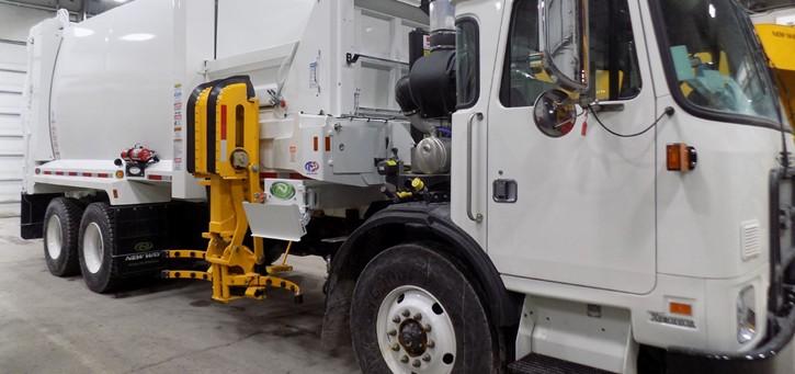 ecaf0c934b 2019 AutoCar Garbage Truck with 31 yd³ New Way Sidewinder XTR