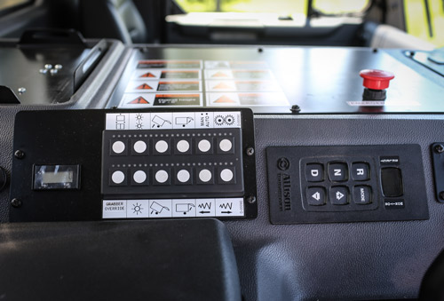 ROTO PAC® versatility with in-cab controls